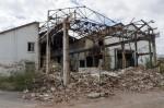 """C'est l'ancien """"bâtiment pulpeur"""" qui a été touché, sur la moitié de sa largeur et de sa longueur, par l'incendie d'avril 2013."""