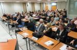 Vote du budget 2013, seul moment de l'année où l'ensemble des 60 délégués est présent. Il va falloir ajouter tables et chaises pour les 18 délégués supplémentaires qui siègeront dès 2014.