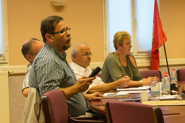Un vrai changement pour l'opposition : Pierre Zimmermann a répondu à plusieurs reprises au maire, sans lâcher prise.