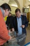 Vote de l'ancien maire UMP Jean-Luc Miraux.