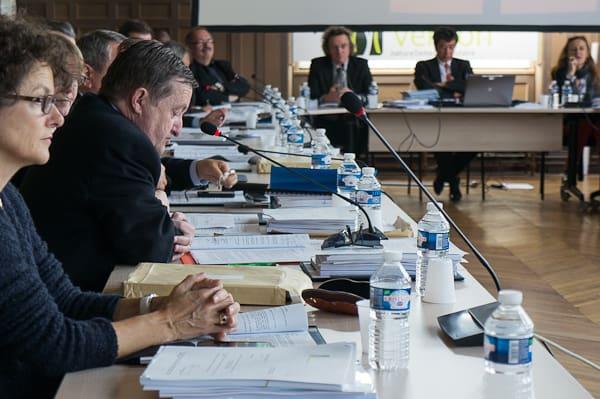 Sur la gauche, Jean-Luc Miraux a remercié le maire de Vernon pour ces points d
