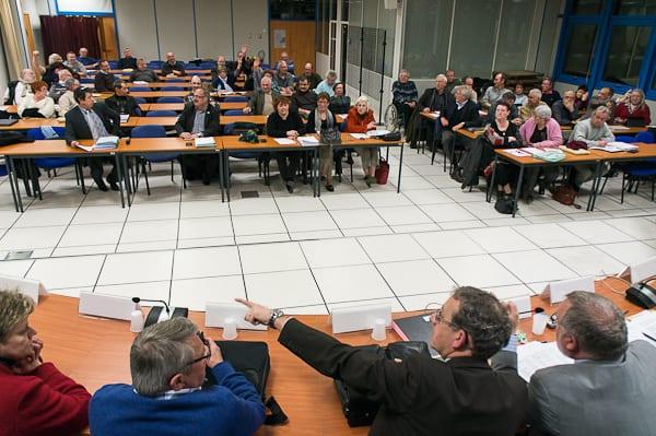 Le conseil communautaire vu du bureau des vice-présidents. La présence des délégués n