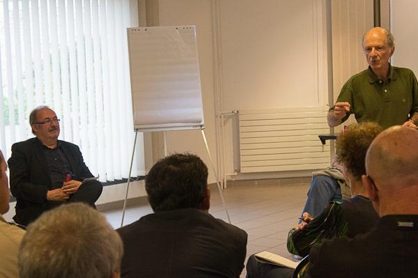 Emmanuel Colletis (à droite), conseiller municipal communiste, n
